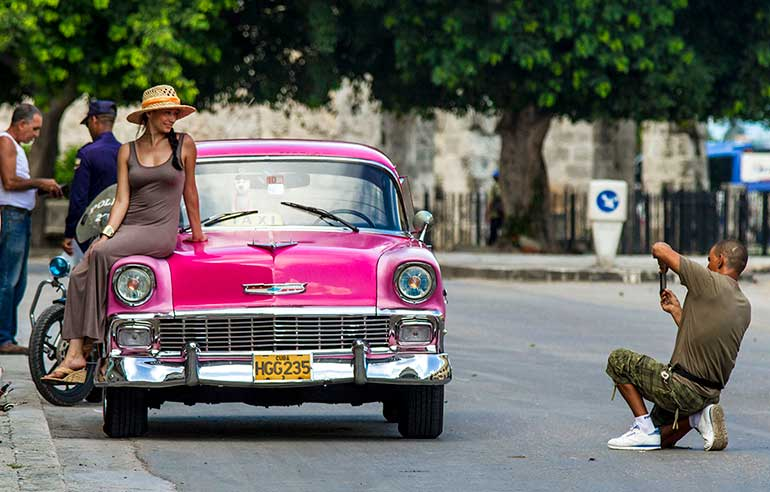 Old car photo opportunity in Havana.